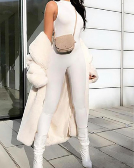 Creamy slim fit jumper